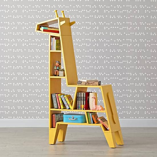 toy-storage-giraffe-bookcase